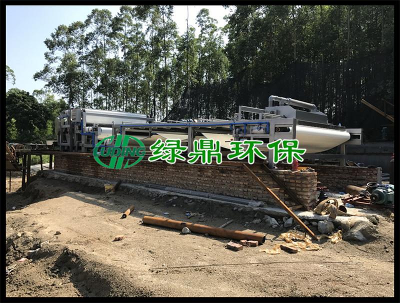 洗沙污泥泥浆处理工程,3米带宽带式脱水机运行现场(福建洗沙) 5
