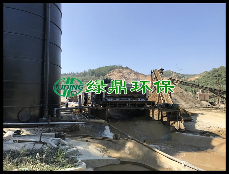 洗沙污泥泥浆处理工程,3米带宽带式脱水机运行现场(福建洗沙) 1